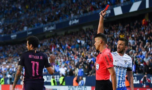 «Барселона» проиграла «Малаге», Неймар получил красную карточку