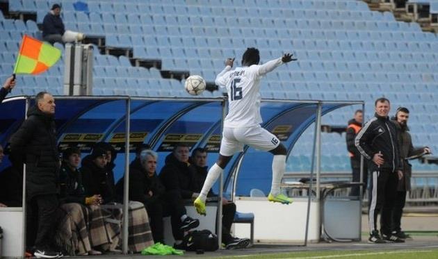 Кваме Карикари, благодаря дублю в ворота Волыни, стал лучшим бомбардиром Стали в УПЛ в истории клуба. Фото - ФК Сталь