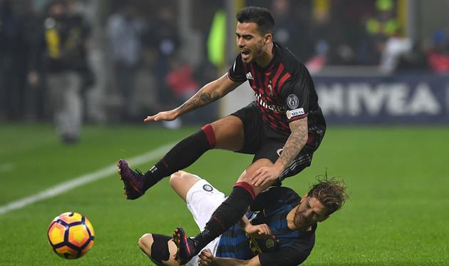 Интер с Миланом горячо сражались в дерби, а теперь конкурируют за Лигу Европы, Gettyimages
