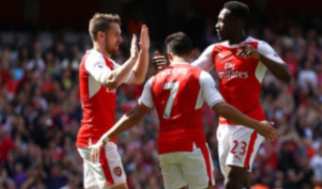 Арсенал одолел Эвертон, но остался на пятом месте