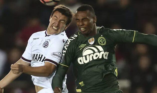Луис Отавиу (справа), AP Photo