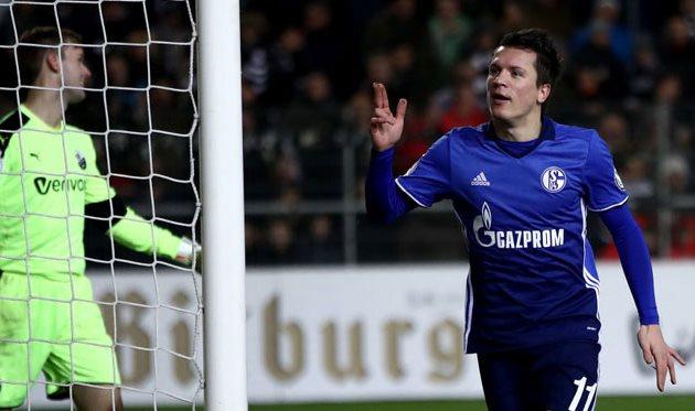 «Шальке» выкупил трансфер Коноплянки за15 млн евро
