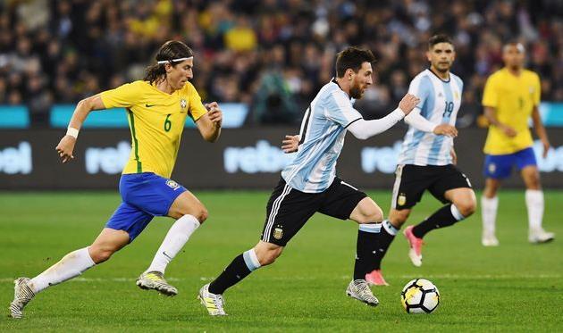 Аргентина минимально победила Бразилию