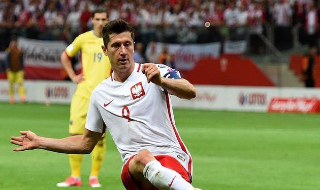 Левандовски обыграл сборную Румынии