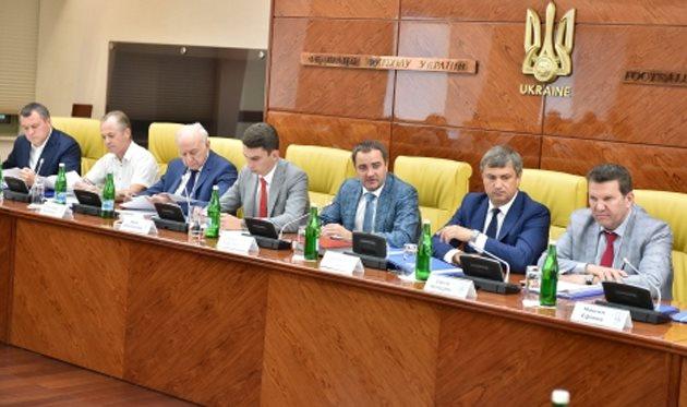УПЛ ипервую лигу объединят водну компанию — Реформа украинского футбола