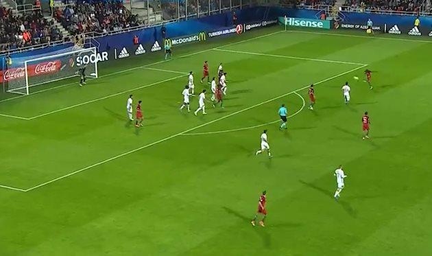 Роскошный  гол намолодежном чемпионате Европы