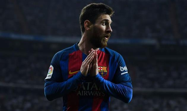 «Барселона» поздравила Месси с30-летием