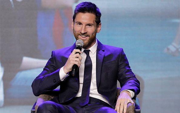 Барселона предложила Месси 62 млн евро в год