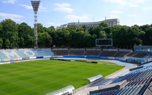 Динамо и Черноморец сыграют без зрителей