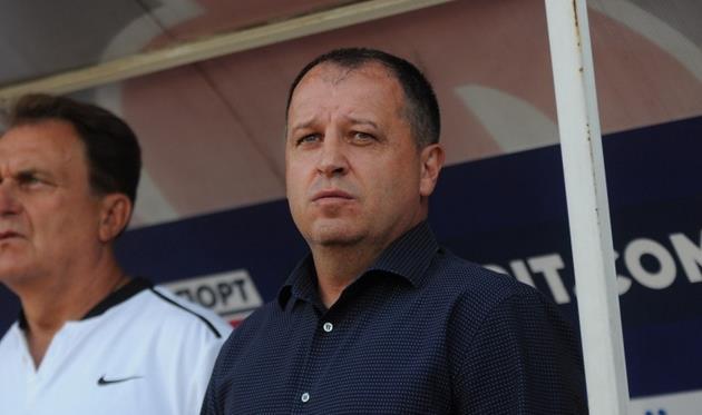 Главный тренер Зари Юрий Вернидуб, фото ФК Сталь