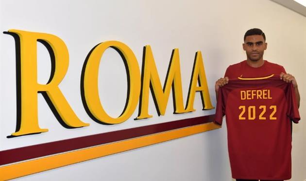 Рома подписала Дефреля