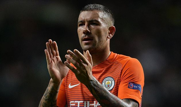 Манчестер Сити отпускает Коларова вРому