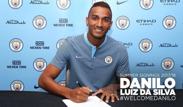 Данило — игрок Манчестер Сити