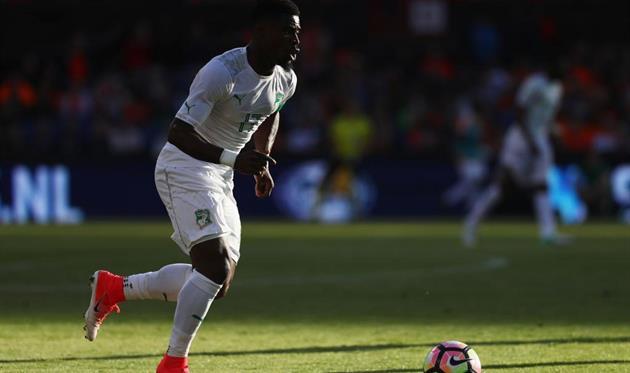 Защитник ПСЖ Орье может перейти вМанчестер Юнайтед
