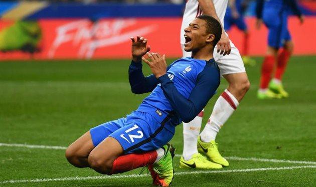 «Монако» продаст Мбаппе вПСЖ за эвро  150 млн иодного игрока