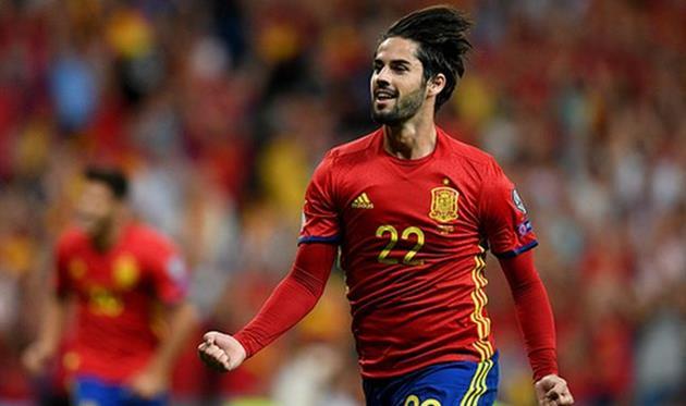 Испания не испытала проблем в матче с Италией