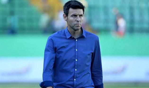 Головний тренер Карпат Серхіо Наварро, фото ФК Карпати