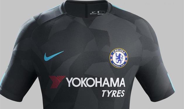 Челси представил третий комплект формы от Nike