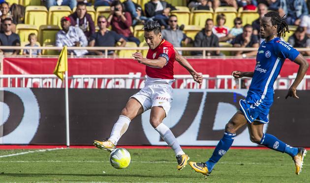 Дубль Фалькао помог Монако обыграть Страсбург