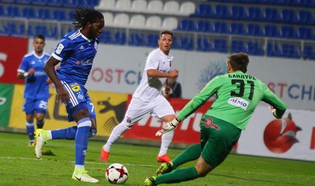 Динамо Киев потеряло очки в матче с Вересом