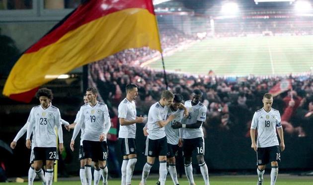 twitter.com/DFB_Team_EN
