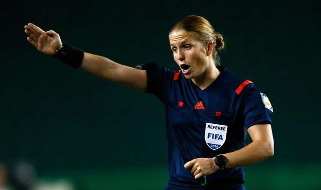 ФИФА назвала имя первой женщины-арбитра начемпионате мира U17
