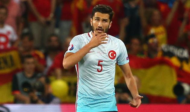 Шахин завершил карьеру всборной Турции в29 лет