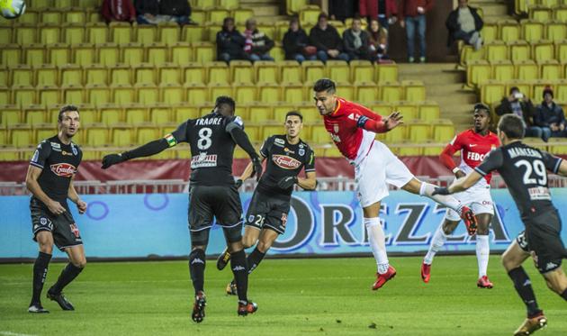 Радамель Фалькао забил единственный гол в матче, asmonaco.com