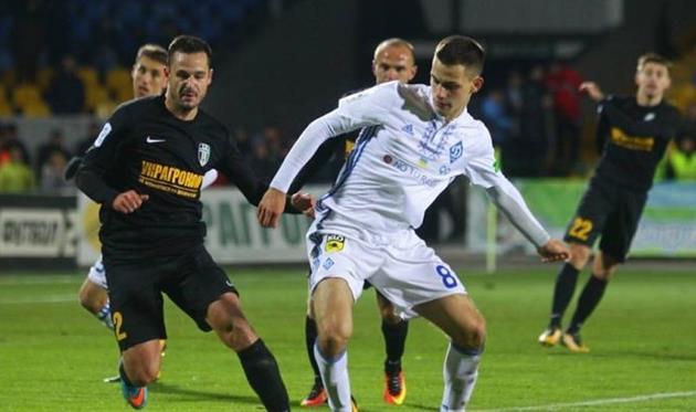 Киевское «Динамо» сыграло вничью с«Александрией» вчемпионате Украины пофутболу