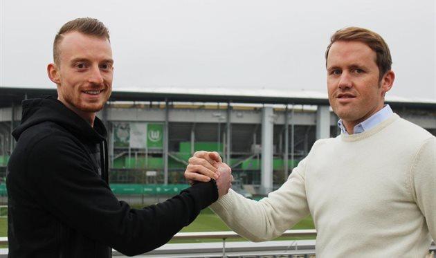 Максимилиан Арнольд (слева), фото ФК Вольфсбург