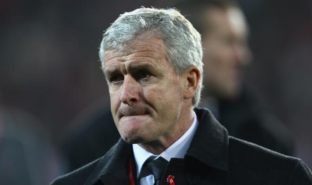 «Сток Сити» сократил Хьюза споста основного тренера