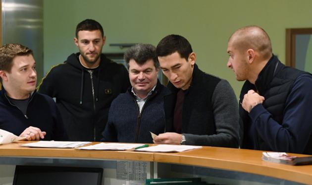Футболисты Шахтера собрались в Киеве для медицинского обследования, фото ФК Шахтер