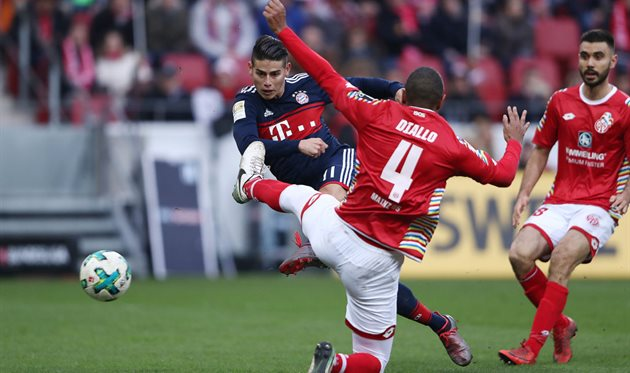 Хамес Родригес забивает гол в ворота Майнца, Getty Images