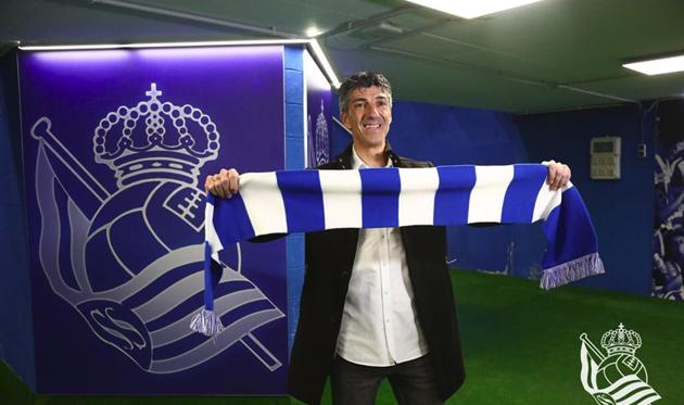 Реал Сосьедад устроил чистку, уволив основного тренера испортивного директора
