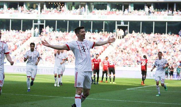 «Бавария» крупно переиграла «Ганновер-96», «Хоффенхайм» разгромил «РБЛейпциг»