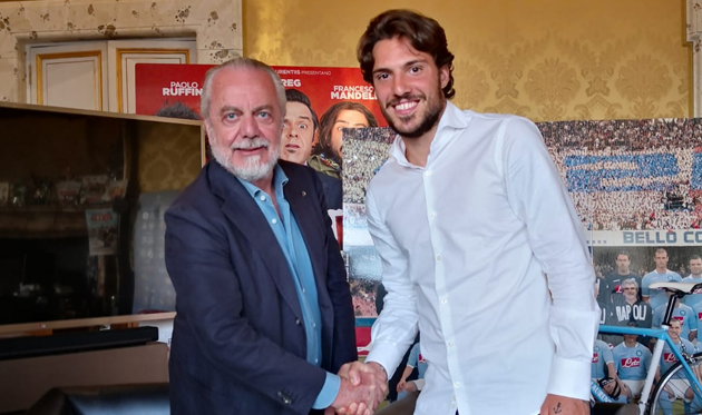 Симоне Верди (справа) и Аурелио Де Лаурентис, sscnapoli.it