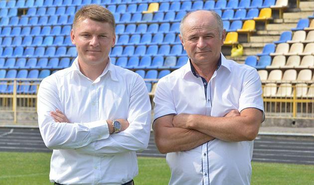 Владимир Гоменюк (слева), фото фк верес