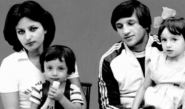 Віталій Дараселія: Раз на тиждень переглядаю переможний гол батька. І кожного разу на очі навертаються сльози