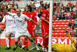 Только что Маккан забил, фото bbc.co.uk