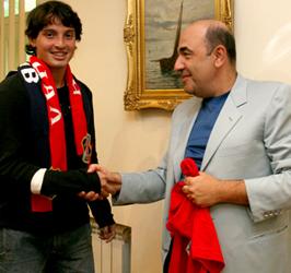 Новичок и президент, фото fcarsenal.com.ua