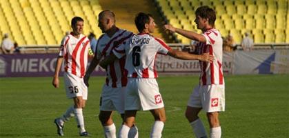 Пока что новая форма приносит Арсеналу удачу, fcarsenal.com.ua