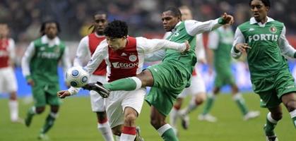 Герой матча, так и не пробивший Тиммера, фото fcupdate.nl