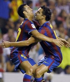 Педро Родригес и Хави Эрнандес, фото Reuters