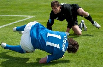 Брейк в исполнении Селезнева, фото Игорь Снисаренко, Football.ua