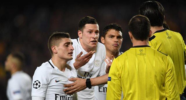 ПСЖ не согласен с решением судьи в матче с Барсой, Getty Images