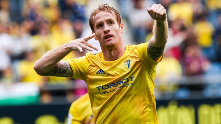 Кадис вернулся в Примеру: Yellow Submarine, подписание чемпиона Европы и уникальные фанаты