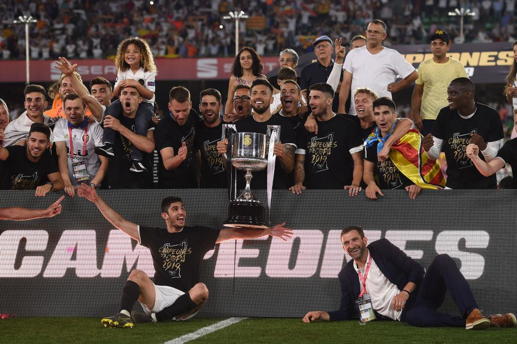 Анархия в Валенсии: изгнание Парехо и компании, проблемы со стадионом и отсутствие перспективы