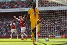 Бентеке впервые отличился в АПЛ за год, забив Арсеналу