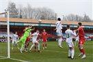 Лидс сенсационно вылетел из Кубка Англии, потерпев разгромное поражение от Кроули Таун