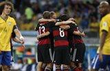 Тени бразильцев на фоне немецкой радости